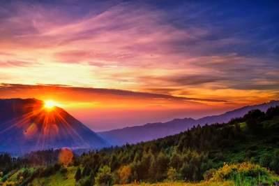 Paket Wisata Bromo Sunrise Tour